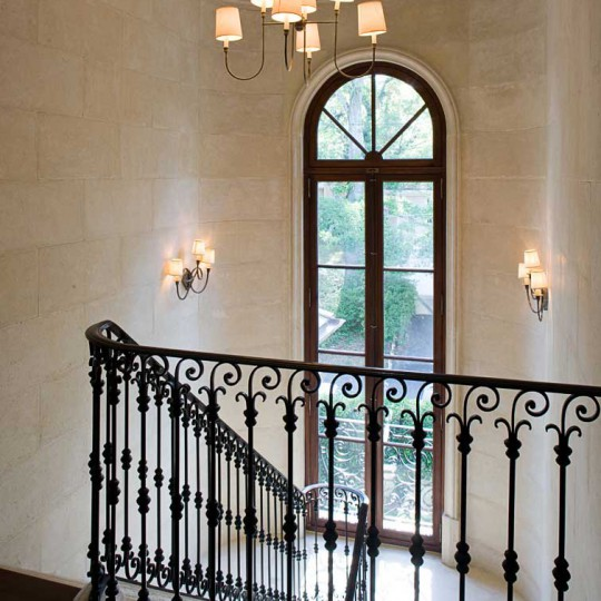 http://www.wfcaia.com/wp-content/uploads/2016/03/Rhinehart_upper-stairhall-540x540.jpg